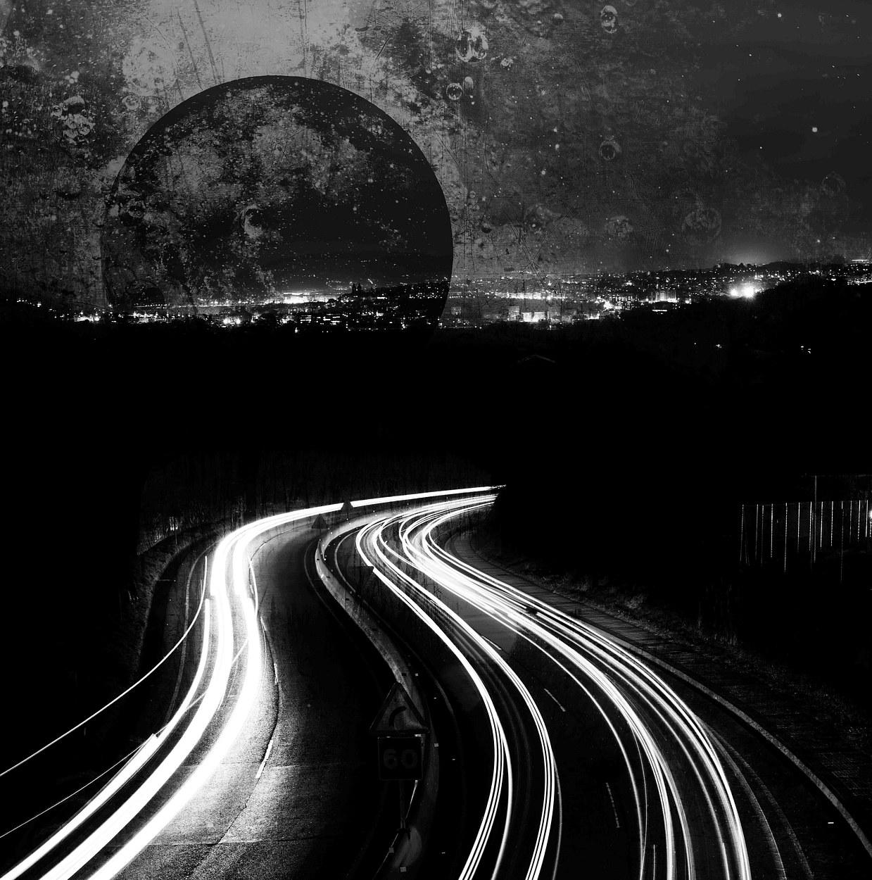 Dark Moon Rise