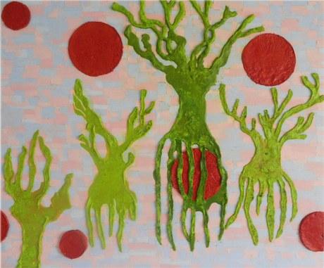 Circulos rojos y troncos.