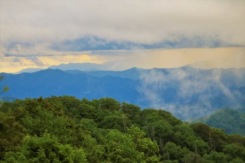 Smoky Mountains Foggy Peaks