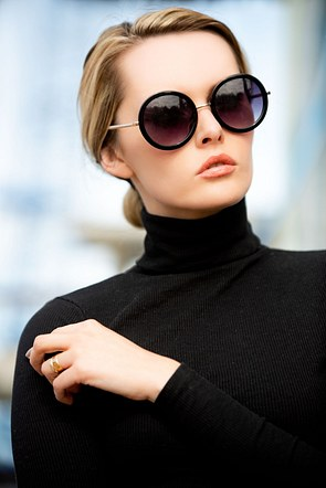 Carla Monaco-Fashion-Beauty-Sunglasses
