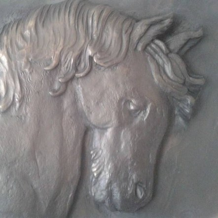 Commission Horse relief