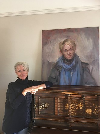 Yvonne with her portrait after the show
