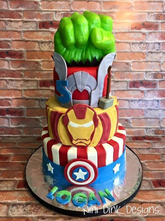 Nini Dink Designs Custom Cakes by Lindsay Llorens,  Custom Cakes Portfolio